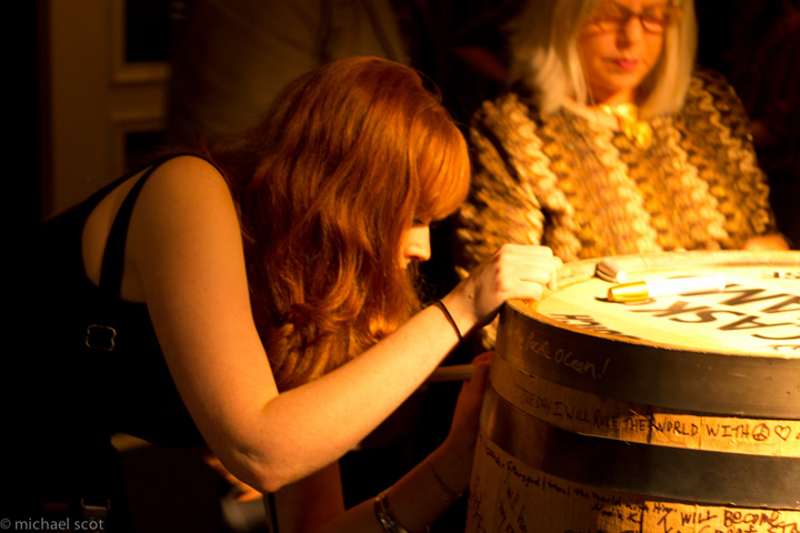 Signing the Cask of Dreams at the Viceroy launch event. | Photo: Michael Scot