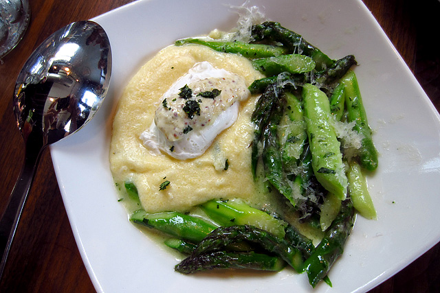 Poached Egg with asparagus, creamy polenta, Bianco Sardo.