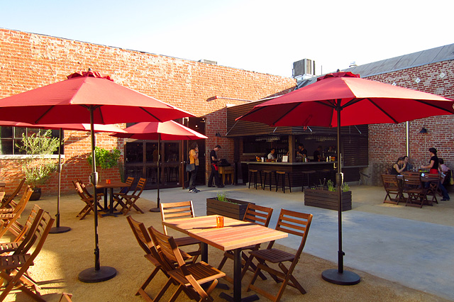 Bow & Truss patio