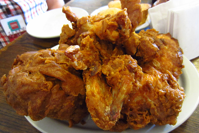 Fried chicken - Willie Mae's Scotch House