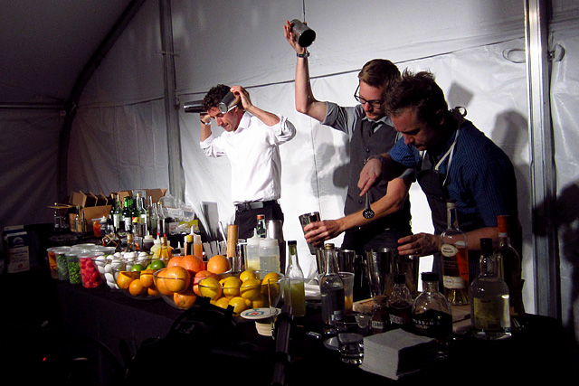 Paul Sanguinetti, Nathan Oliver, Brian Summers - Cocktail Confidential