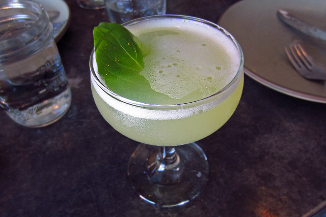 Pineapple-Basil Smash