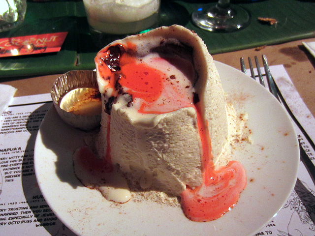 Melting VOLCANO Cake at The Coconut Club